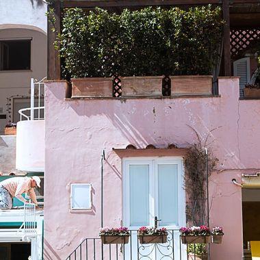 Capri, Italy ISO - 100 F/8 1/125