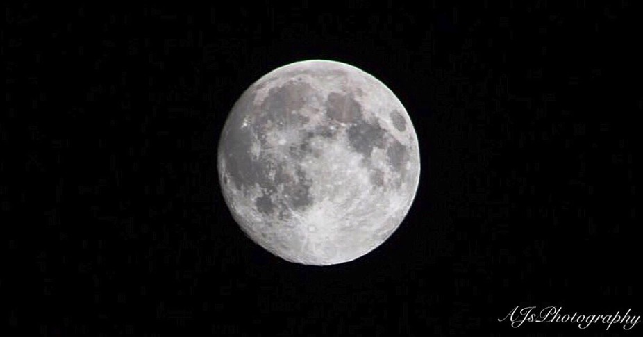 Full Moon, Endwell, New York