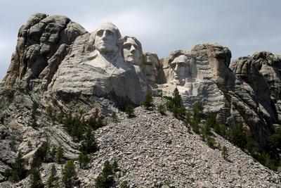 4 amigos at Rushmore