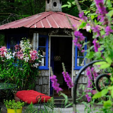 Quaint Cottage at Lavender Farms Ilwaco Washington
