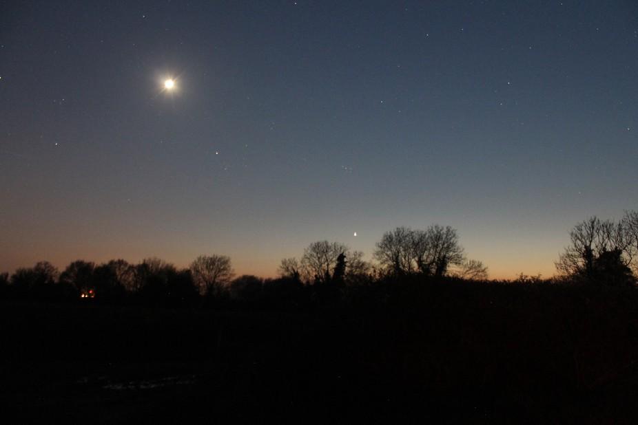 moon over horizon