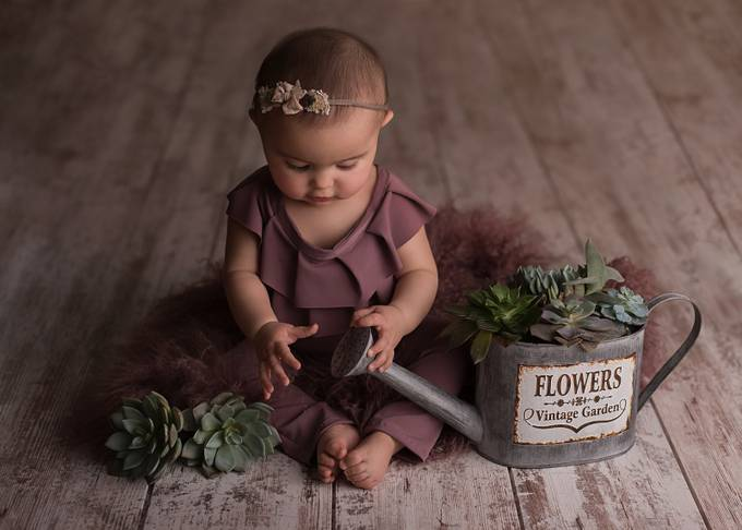 Discovery by Annelisenicolephotography - Anything Babies Photo Contest