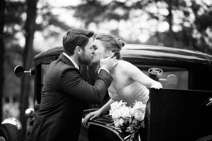 A Wedded Kiss by TwentyThreePhotography - Weddings And Fashion Photo Contest
