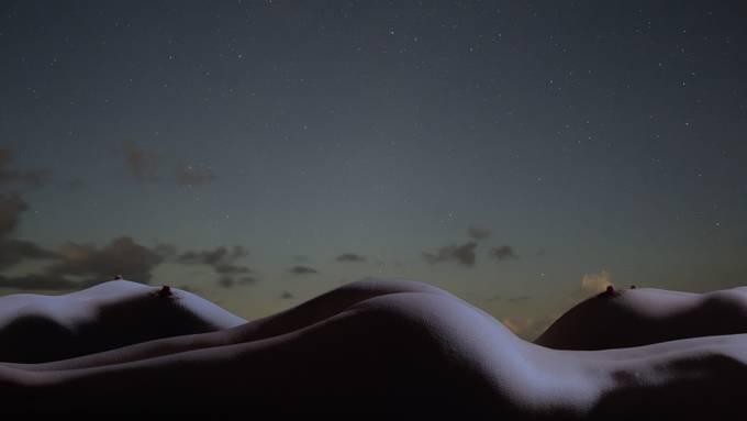 Maltese sky. Model: Ikara