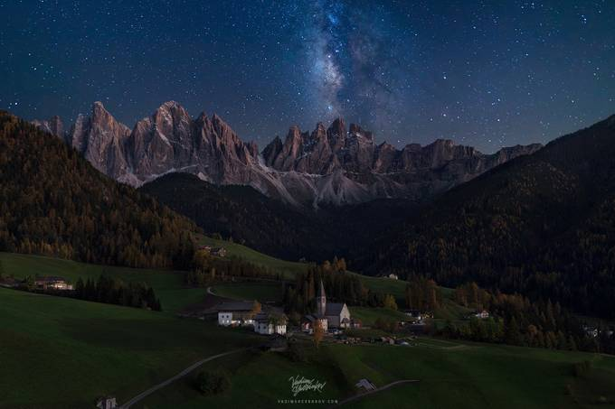 Val-de-funes with MilkyWay by Madebyvadim - The Night And The Mountains Photo Contest