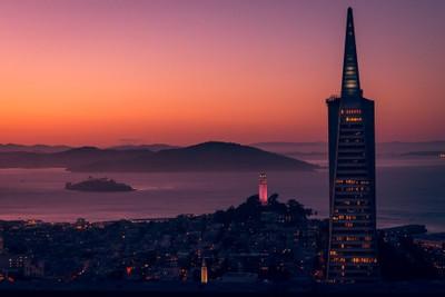 Sightseeing San Francisco at Sunset