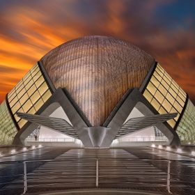 LHemisfèric is the cultural building, planetarium and cinema in the city of arts and Sciences in Valencia / Spain.The building was designed by S...