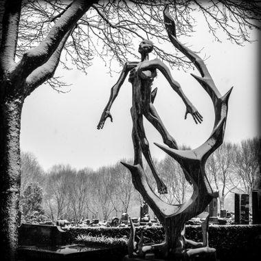 Cemetery, Paris, Père Lachaise, Monument to Sachsenhausen
