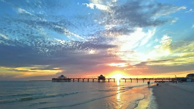 Ft. Myers Beach Sunset at Pier