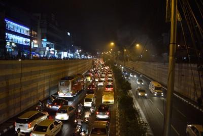 jam-packed- city traffic