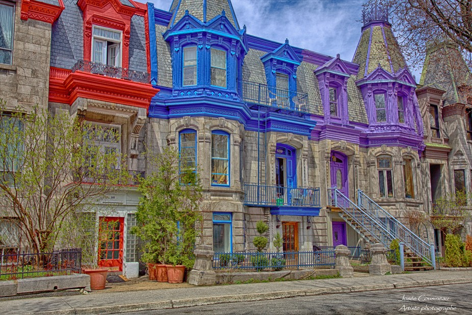 Carré St-Louis is a nice place in Montreal where we can see colorful houses.