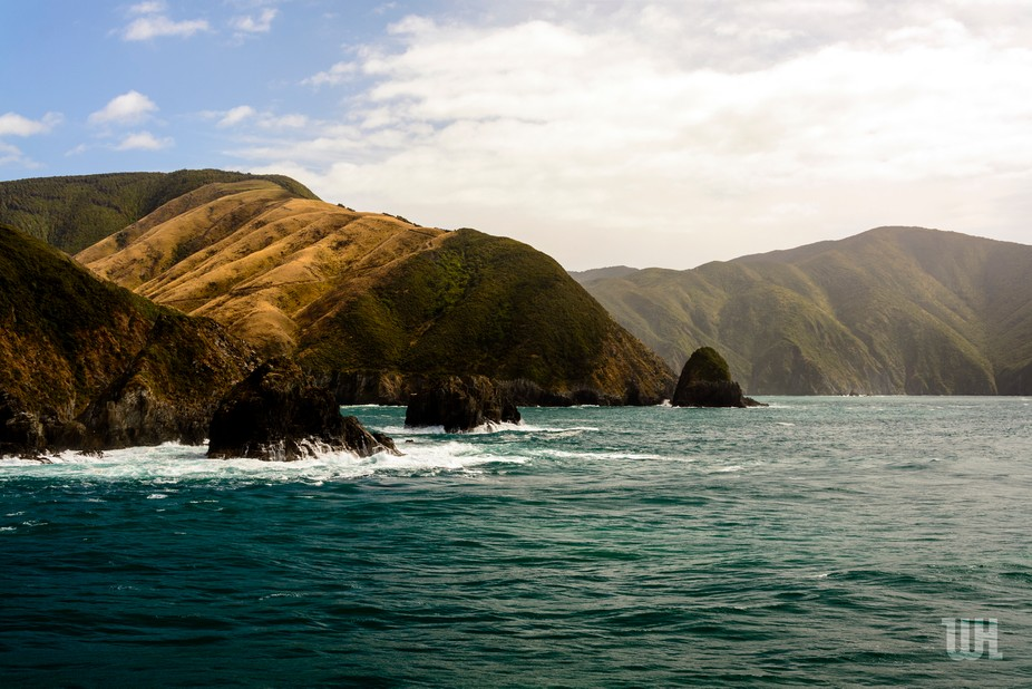 Breathtaking views of the mountains in the Marlborough sound. Taken on a ride on the Interislande...