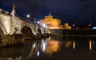 Spiando le bellezze d'Italia