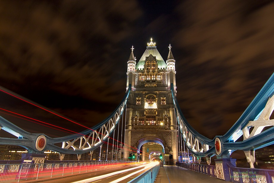 One cold night at UK, captured this light as i walk through this bridge output was brilliant and ...