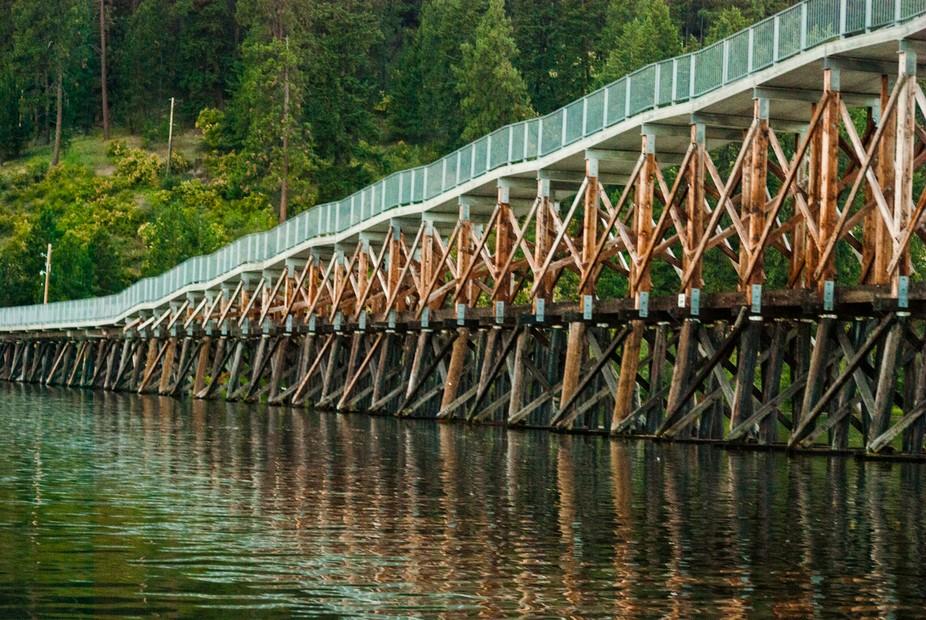 Pedestrian bridge over lake Coeur D'alene (Idaho)