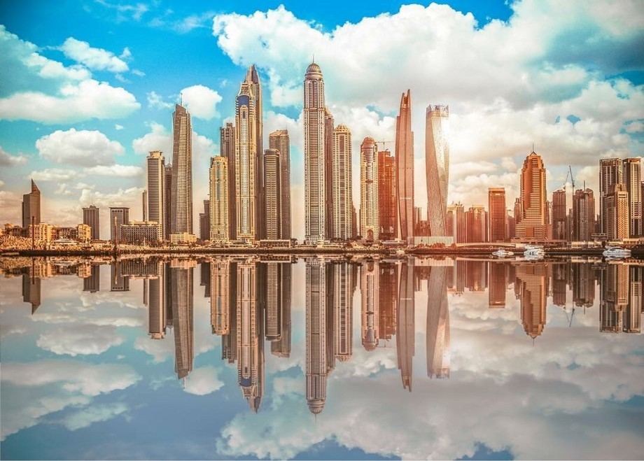 Dubai marina waterscape