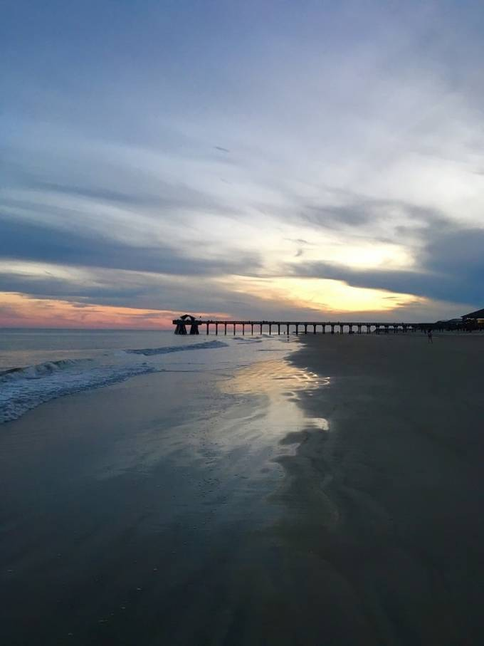 stock-photo-sunset-beach-golden-hour-mid-atlantic-ocean-48cb0e63-3666-4109-a5c9-ee89c335fa0f