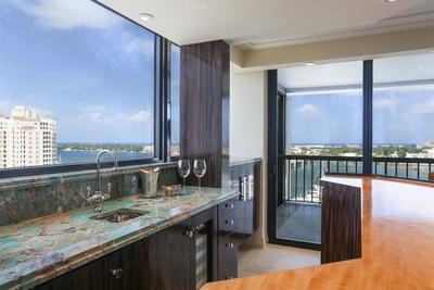Water View Bar