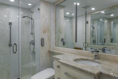 Classic Luxury Bathroom