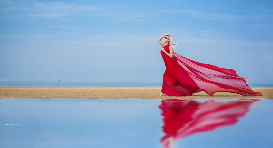Not often we get a chance to be creative on a beach in the UK, but caught this image of Jodie run...