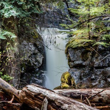 The falls on Silver creek near Maka