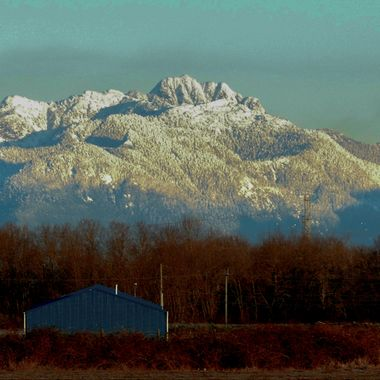 The view looking South from the Fraser Valley near Chilliwack B C .