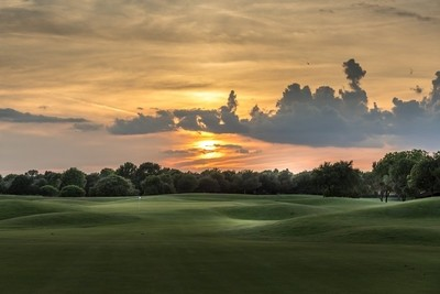 Sunset on the golf course 2