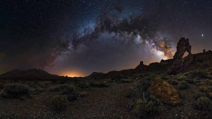 Tenerife - Zapato de la Reina - MilkyWayBow by Dflorenzi - Capture The Milky Way Photo Contest
