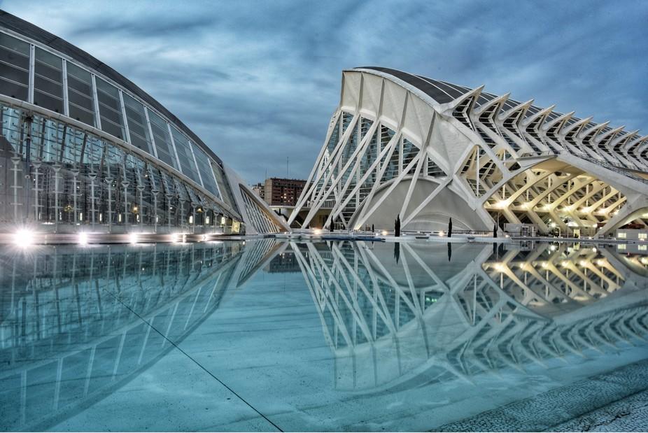Burst, Valencia