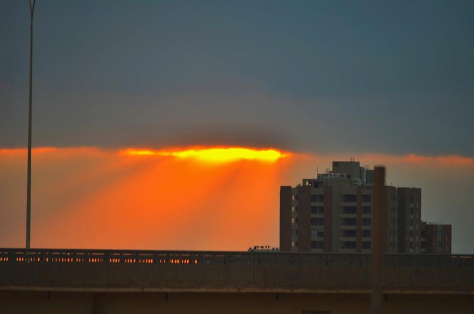 Sol filtrado entre la nubosidad