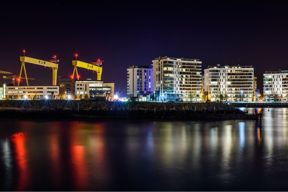 Tiranic quarter by night