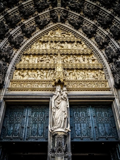 Mary in the main portal, west facade, Cologne Cathedral
