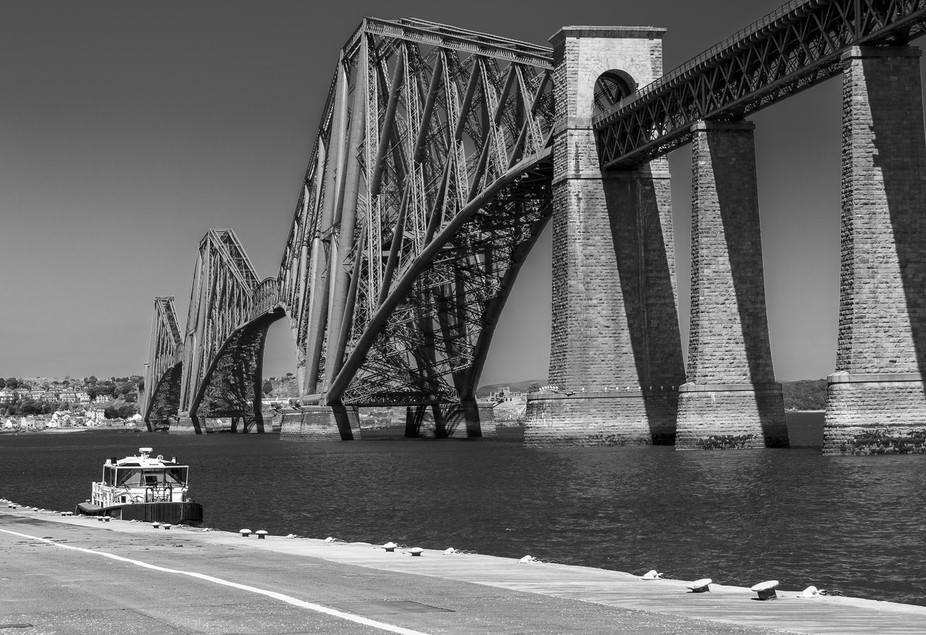 Just love the iconic bridge and all it stands for.