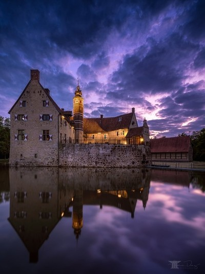 Castle Vischering reflected