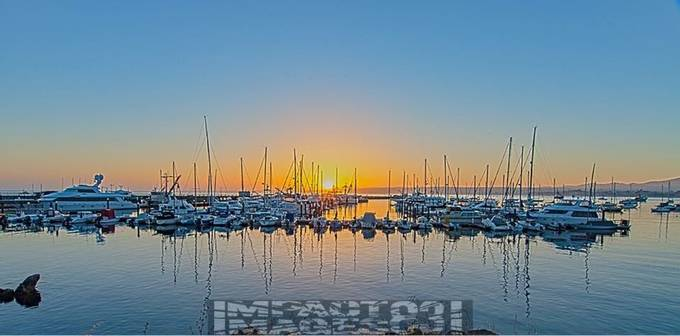 Sunrise Harbor, canon 6D 12-28 at f/13, 1/20 100.