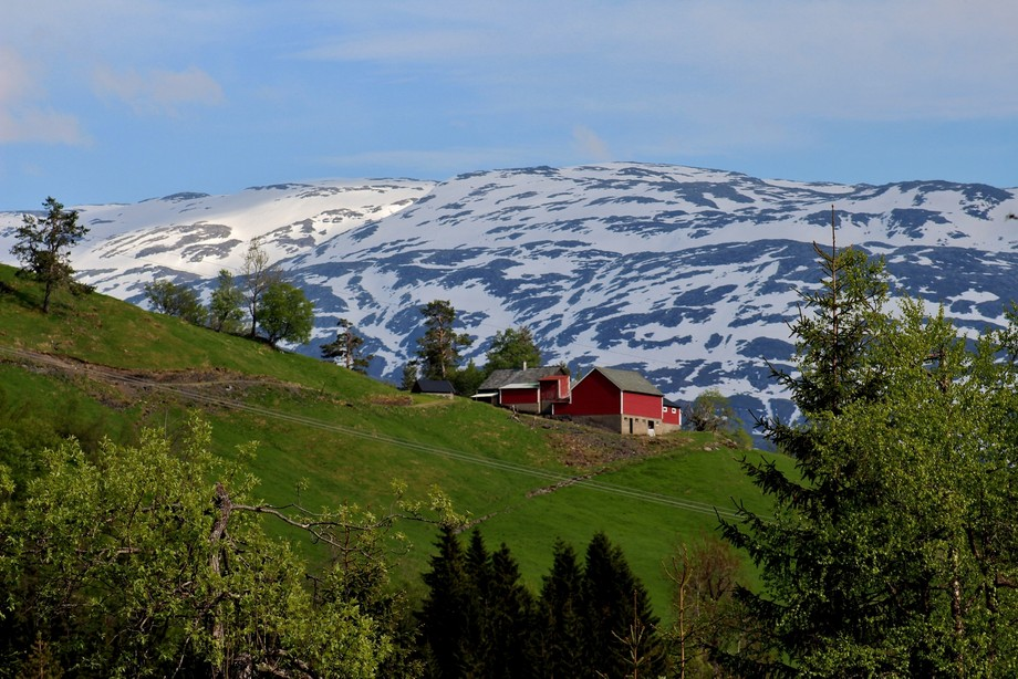 I came across this farm on a back road while traveling through Norway in May of 2018.