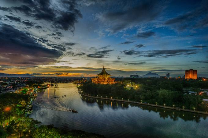 Kuching Sunset by Invisibleguy - Sunset And The City Photo Contest