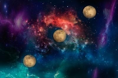 moon-trails