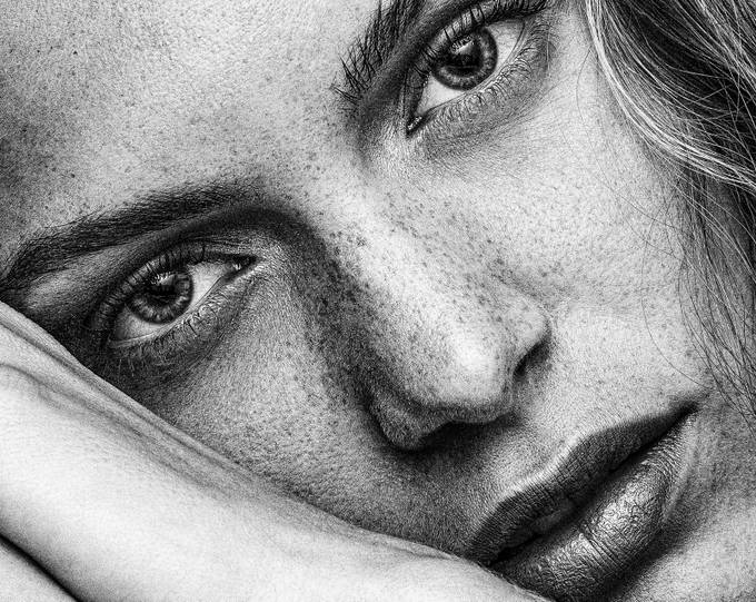 look_04-222-2-2-2-2 by martinzwick - Black And White Female Portraits Photo Contest
