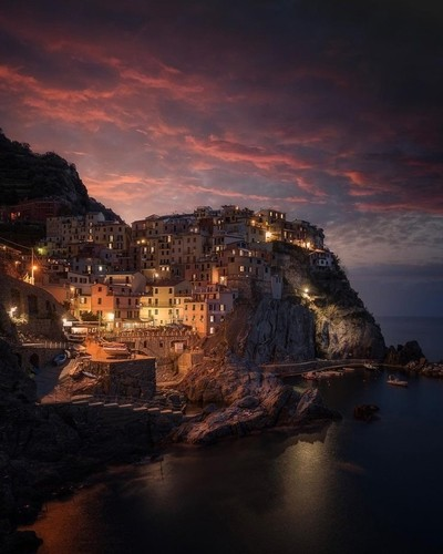 An epic morning in Manarola, Italy