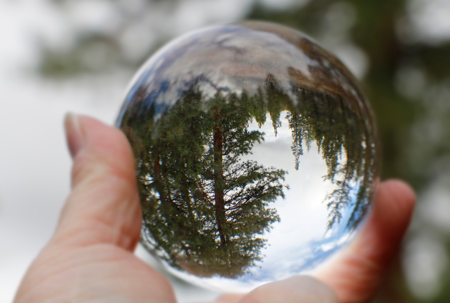 My first time playing with this magical little crystal ball. I just love it!