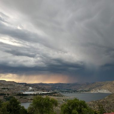 Thunderstorm & sunset over the Colville reservation & the Grand Coulee Dam