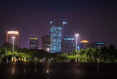 The city never sleep