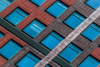 Diagonal Compositions, windows
