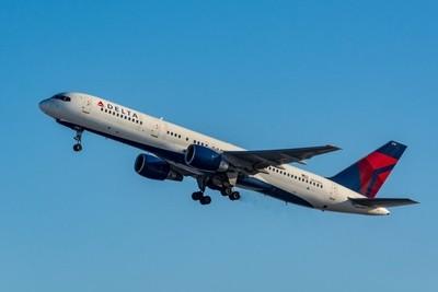 Delta Air Lines Boeing 757-200(N674DL).
