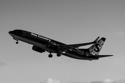 Sun Country Airlines Boeing 737-8BK(N814SY).
