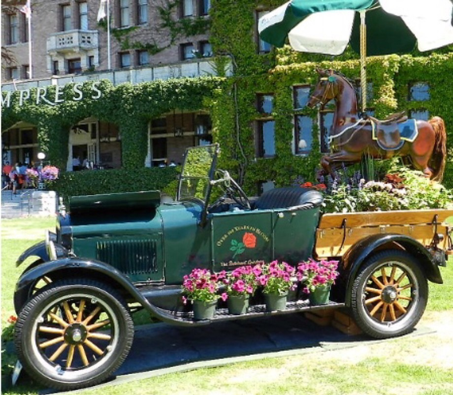 on front of the Empress Hotel , Victoria, Canada