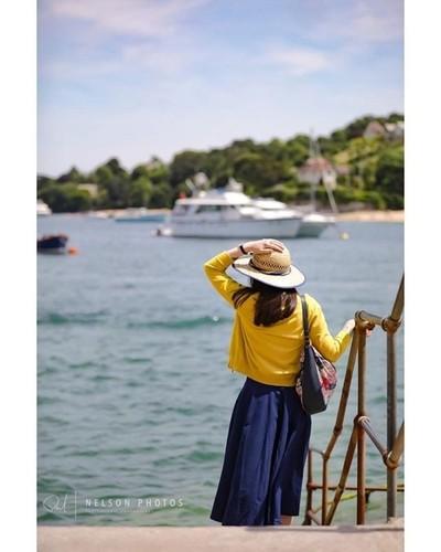 Salcombe, Devon. . . . . #salcombelife #visitsouthdevon #lady #women #50s #salcombe #devon #devonshire #southdevon #marina #seagull #fishingboats #town #village #seaside #summer #yacht #photo #photos #photograph #photography #photographer #photooftheday #