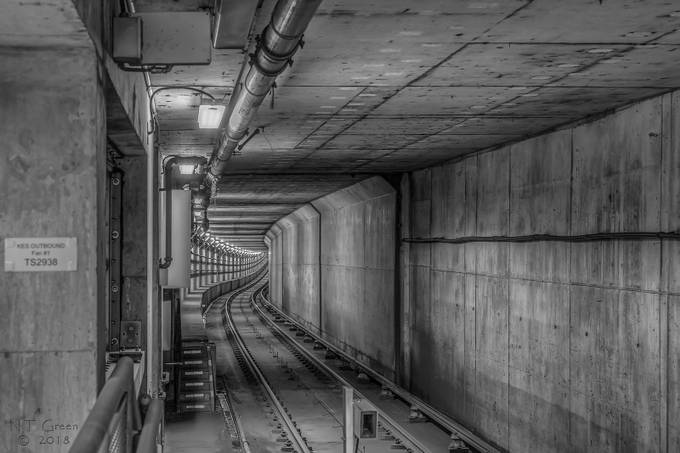 Train Tunnel by ntgreen - Shooting Tunnels Photo Contest