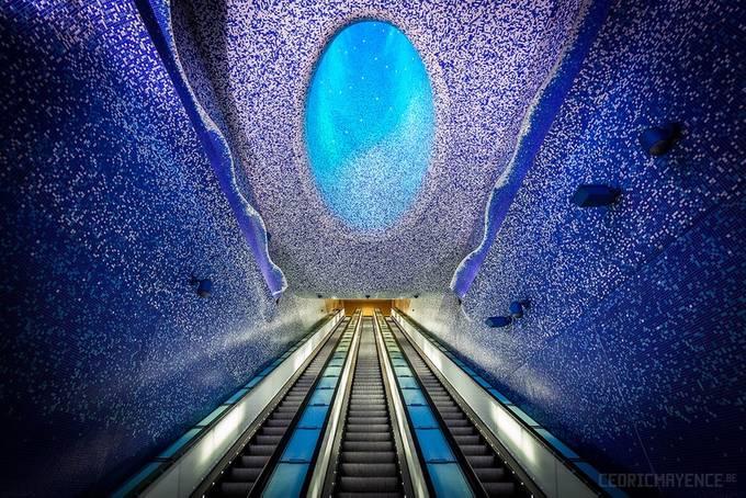 Toledo (Stazione della Metropolitana dell'Arte) - Naples by CedricMayence - Image Of The Month Photo Contest Vol 35